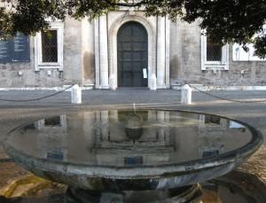 Fontana davanti a Villa Medici
