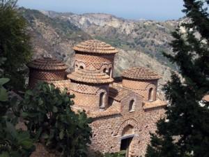 La Cattolica: una piccola chiesa a testimonianza di una grande fede
