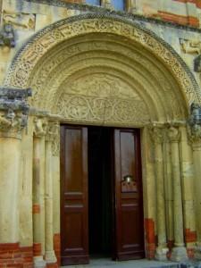 portale cesellato