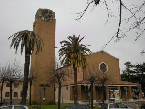 Latina - chiesa di s.maria goretti