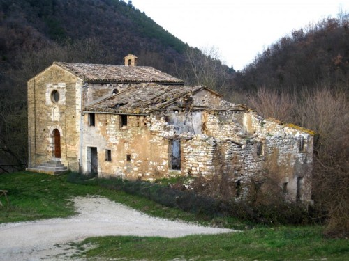 Arcevia - Chiesa S. Ansovino, frazione Avacelli di Arcevia