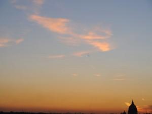 cupola basilica san pietro al tramonto