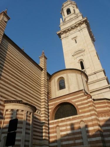 Verona - LE RIGHE.... DELLA CATTEDRALE DI VERONA