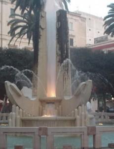 Fontana di Piazza Cairoli