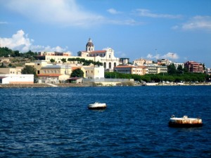 Basilica di Bonaria vista dal mare