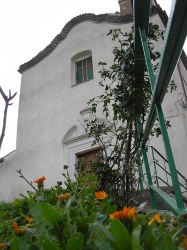 Castellino del Biferno - Cappella delle Grazie vista dalle scale