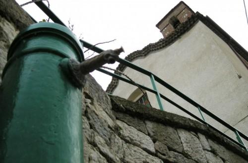 Castellino del Biferno - Cappella delle Grazie vista dalla fontana