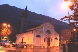 Una chiesetta al buio