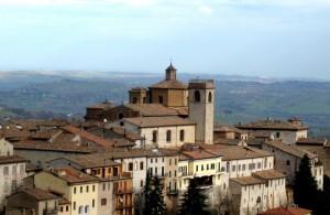 San Francesco di Piazza e Collegiata San Medardo - Arcevia