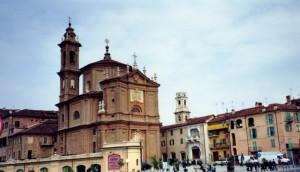 Piazza di Fossano con la Cattedrale