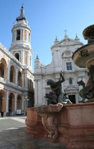 Loreto con fontana