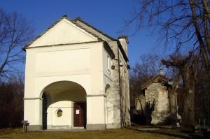 luogo del silenzio in frazione Santino con chiesa e via crucis