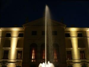 Fontana (1) Villa la Favorita