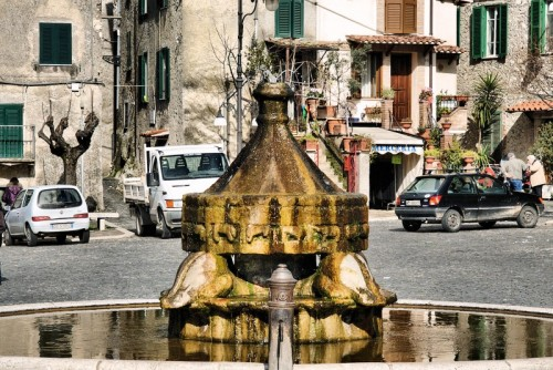Anticoli Corrado - Fontana Futurista di Arturo Martini