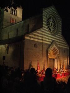 Basilica dei Fieschi, S. Salvatore di Cogorno, notturna