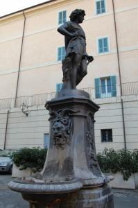 terracina, fontana di s.domitilla.