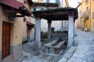Fontana- lavatovio Loc.Molina fraz. di Faggeto Lario