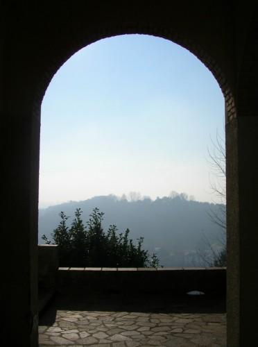 Oltrona di San Mamette - nella valle la nebbia