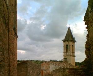 Un altro campanile a Cupra Alta