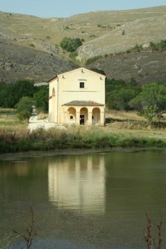 Santo Stefano di Sessanio - Chiesa della Madonna del Lago