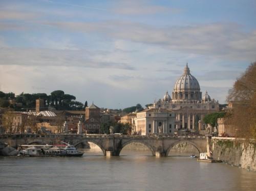 Roma - S. Pietro dal Tevere in piena