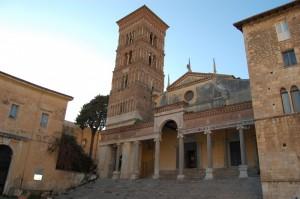 teracina,la cattedrale di s. cesareo