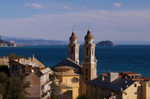 chiesa e mare