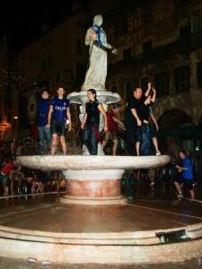 Fontana di Madonna Verona - La stupidità …