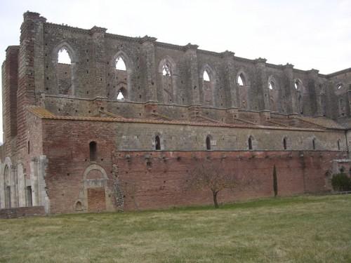 Chiusdino - Antica abbazia di s.Galgano