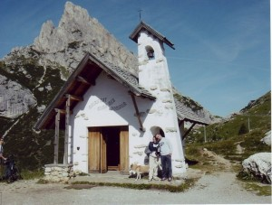 chiesetta del passo Falzarego