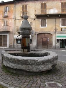 Boves: fontana in Piazza Garibaldi