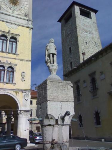 Belluno - Piazza Duomo 1