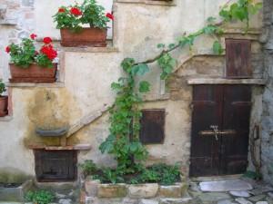 Fontanella nel borgo di Torrechiara