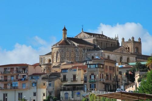 Monreale - Absidi della cattedrale e borgo antico a Monreale