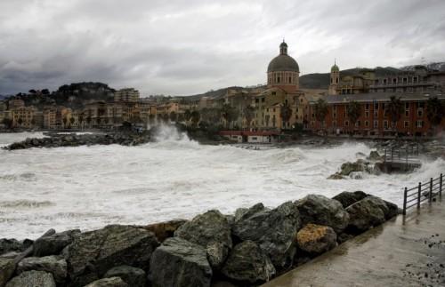 Genova - Mareggiata a Genova Pegli