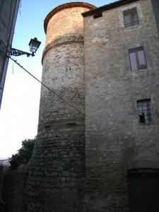 Torre di Fortificazione tra le Case di Attigliano