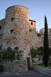 Attigliano - Torre di Fortificazione e Vecchie Mura di Cinta