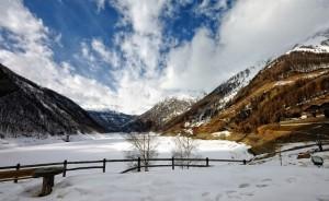 lago di Vernago ghiacciato