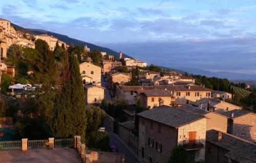 Assisi - Luce del Tramonto su Assisi