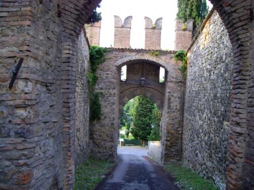 Castello di Serravalle - castello3