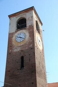 Torre dell'antico castello ora  torre campanaria