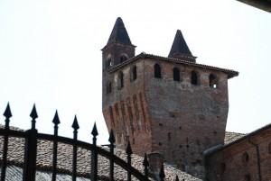 una originalissima torre del castello