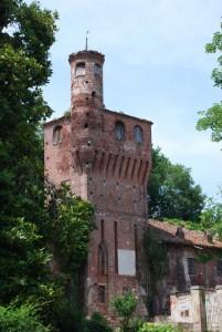 torre d'ingresso con bertesca laterale