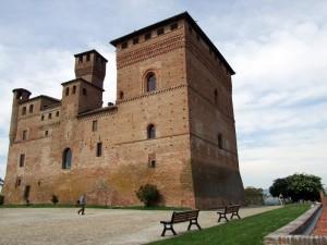 Castello Grinzane Cavur
