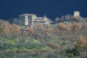 Torre a guardia del feudo di Oliveto