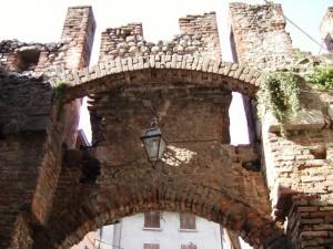 ingresso del castello di bedizzole
