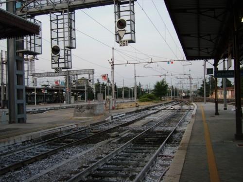 Verona stazione di verona porta nuova in attesa del treno - Stazione verona porta nuova indirizzo ...