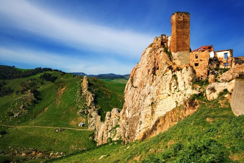 ''Castello di Pietratagliata'' - Aidone