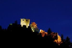 Il Castello di Graines, spioventi bagliori