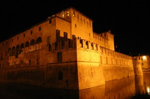 Fontanellato: il castello by night